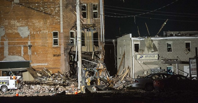 1 killed, several injured in gas explosion in Illinois town