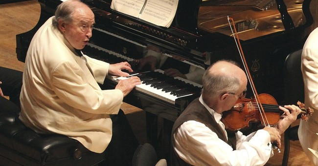 Famed pianist, 92, to perform in Boston after heart surgery