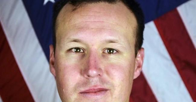 Gold Star family of slain California soldier booed on flight