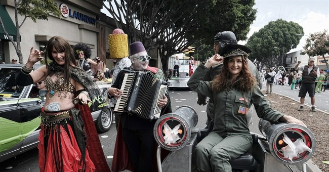 Eccentrics, their fans flock to city known for other parade