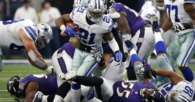 Elliott exceeding lofty expectations for NFL-leading Cowboys