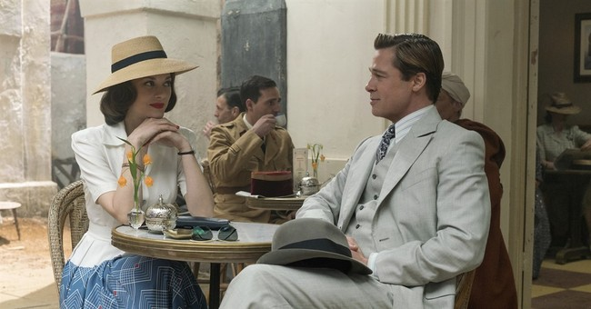 Review: In 'Allied,' with Brad Pitt, love in the fog of war