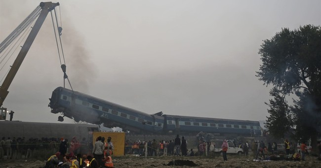 Search for bodies at Indian train crash site ends; 146 dead