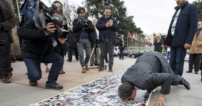 UN envoy announces 'temporary pause' to Syria peace talks