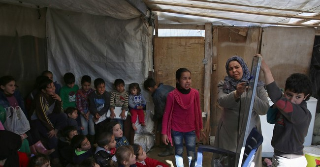 Syrian refugee teachers help fill the education gap