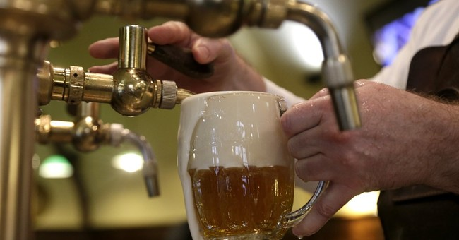 Czechs, world's top beer drinkers, may get even cheaper brew