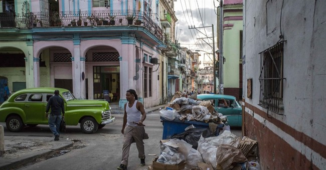 Havana tries to get its chaotic commercial areas in order