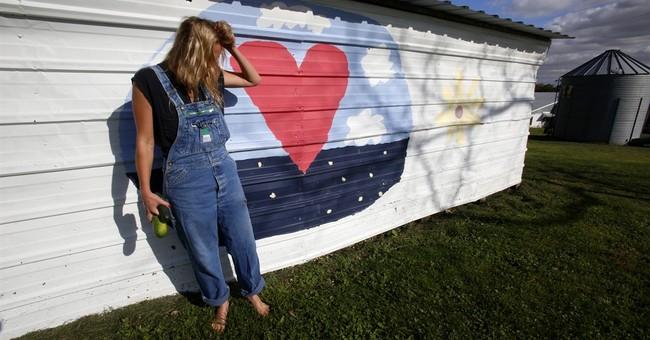 Singer dumps LA for Iowa farm to do it her way