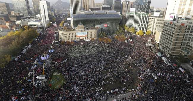 Counting 1 million crowds at anti-president rallies in Seoul
