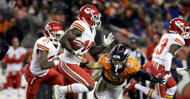 Chiefs' Tyreek Hill breakout star, trying to outrun past