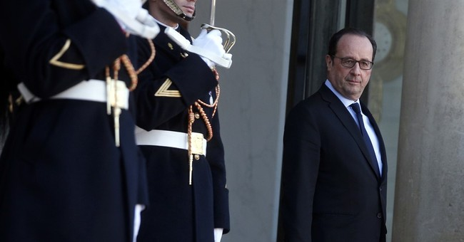 France's Hollande and his premier weigh presidential bids