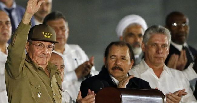 Raul Castro, regional leaders honor Fidel Castro at rally
