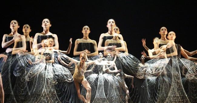 AP PHOTOS: Cutting-edge contemporary dance comes to Belarus
