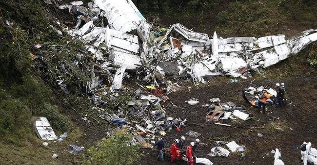 Pilot told Colombia controllers 'no fuel' before crash