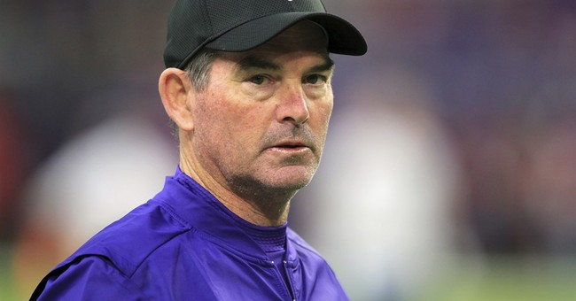 Vikings coach Mike Zimmer out vs. Cowboys after eye surgery