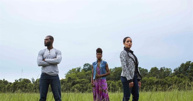 'Just riding a wave': 'Queen Sugar's Kofi Siriboe soars
