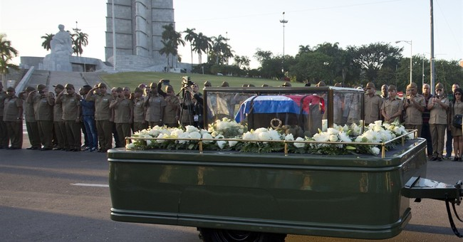 Cubans line streets as Fidel Castro's ashes begin journey