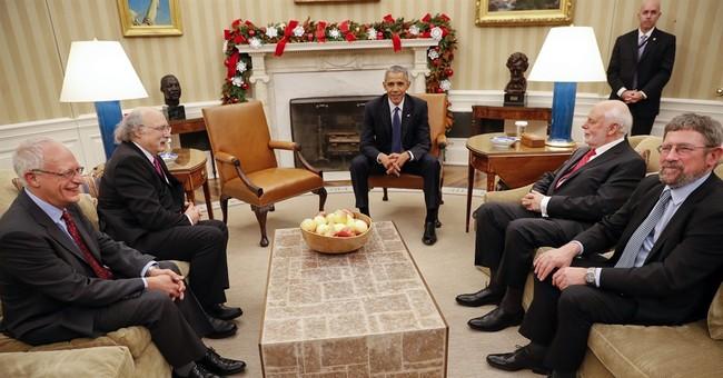 Obama welcomes 4 Nobel Prize laureates, minus Dylan