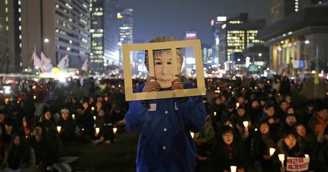 SKorean police say man burns late dictator's home