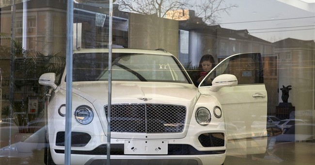 China hikes tax on imported luxury cars