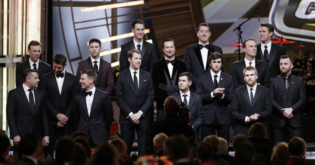 Johnson, Stewart, Earnhardt honored as NASCAR closes 2016