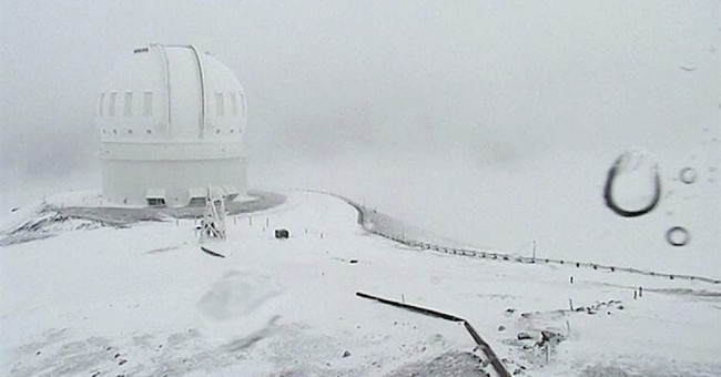 Hawaii summits could get more than 2 feet of snow
