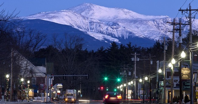 Lodging near highest mountain peak in Northeast US proposed