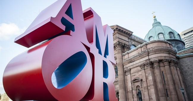 Philadelphia to keep 'AMOR,' the bilingual 'LOVE' sculpture