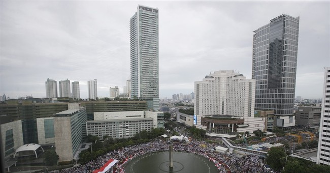 Indonesians rally for tolerance after blasphemy protests