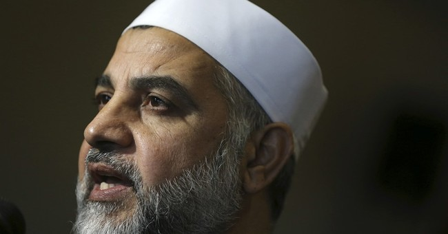 Muslim cleric heads back to court to fight off deportation