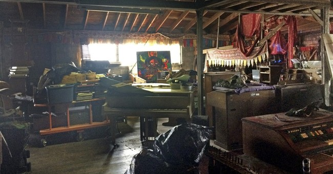 Former tenant: Run-down warehouse sometimes lacked utilities