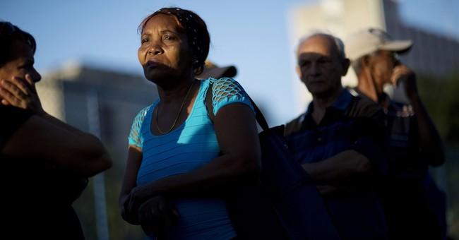 AP PHOTOS: In Cuba, a near-religious farewell to Castro