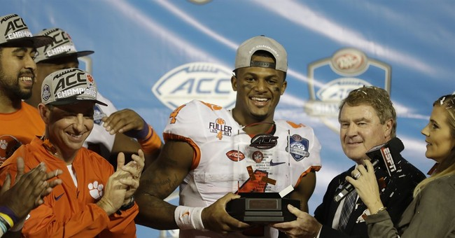 BOWL STORIES: Finales, contrasts in style, coaching carousel