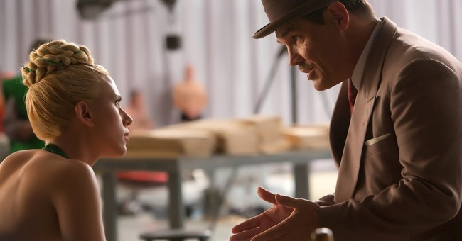 Review: In 'Hail, Caesar!' a studio fixer's faith is tested