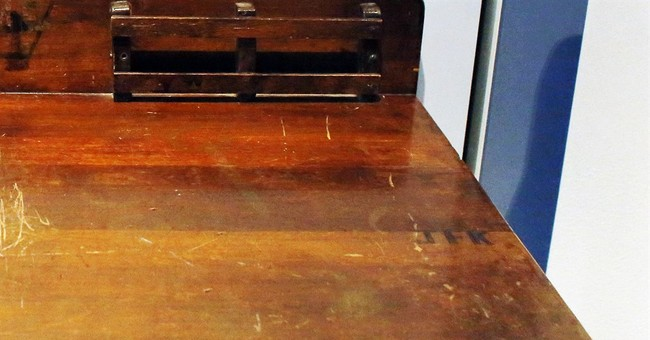 "Too good to be true: Desk carved with ""JFK"" isn't Kennedy's"