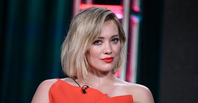 Judge finalizes Hilary Duff's divorce from ex-NHL player