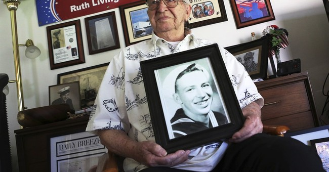 USS Arizona survivor heads to Pearl Harbor 75 years later