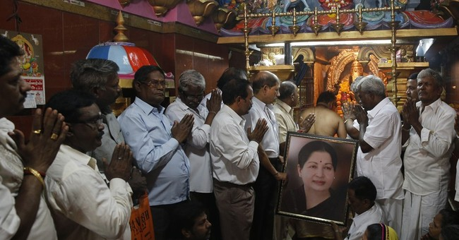 Tamil Nadu leader Jayalalitha critical after heart attack