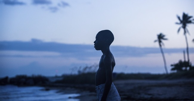 'Moonlight,' 'La La Land' separate from award season pack