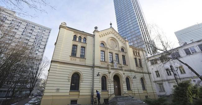 Database helps Holocaust survivors reclaim Warsaw property