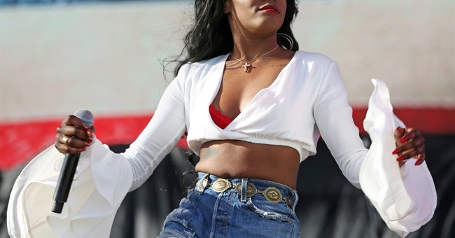 Russell Crowe won't be charged over Azealia Banks scuffle