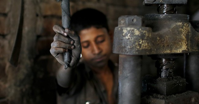 Study: Thousands of Bangladesh kids working 64 hours a week