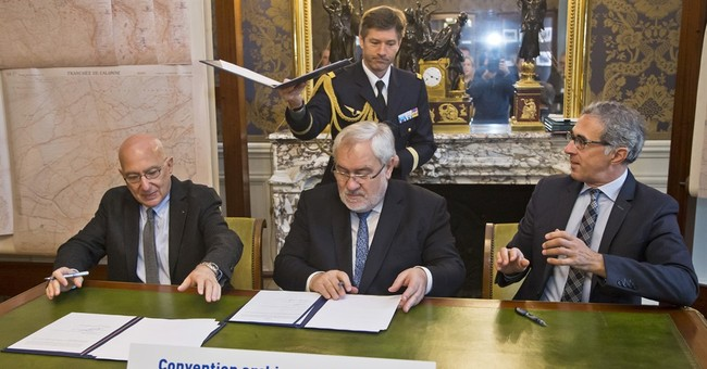 France allows Holocaust museums to digitize WWII archives