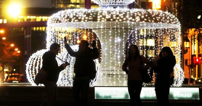 AP Photo Gallery: German Christmas markets draw crowds