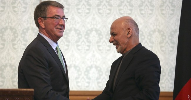 US defense secretary offers assurances to Afghan leaders