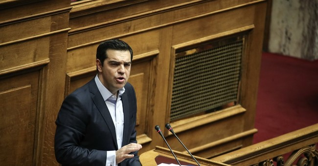 Greece passes austerity 2017 budget, eyes 2.7 percent growth