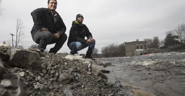 Mohawks become first tribe to take down a federal dam