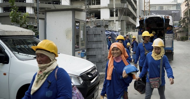 Women migrant numbers high in Thai construction