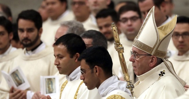 Pope marks 80th birthday Saturday with Mass and meetings