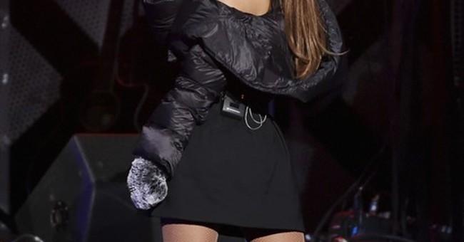Massachusetts man admits to harassing Ariana Grande